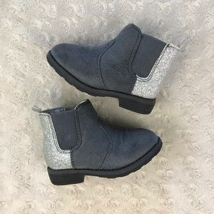Carter's Ankle Boots Booties Gray Silver Size 6